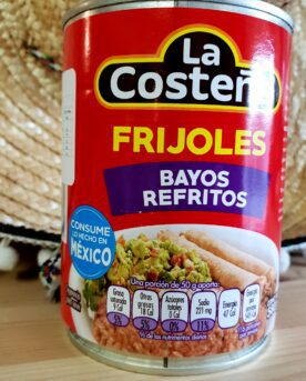La Costena Refried pinto beans Frijoles Bayos Refritos är en stekt bönröra på pintobönor som du äter som den är eller själv kryddar upp med de smaker du önskar