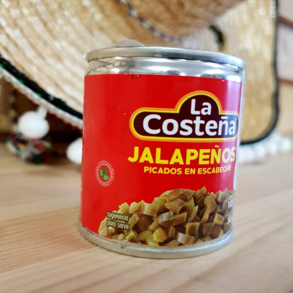 Finhackade jalapenos - strössla över pizzan eller servera som tilltugg till feta grillstycken såsom brisket och short ribs