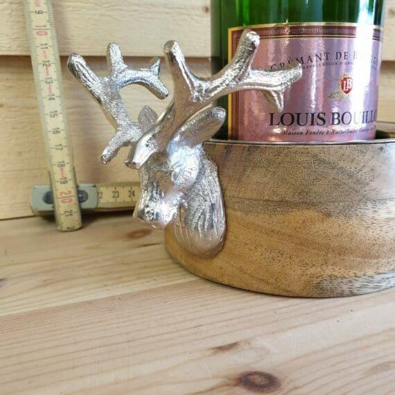 Flaskunderlägg i mangoträ med dekor av en vacker hjort - stagger - skyddar bordet och duken från droppar och ringar