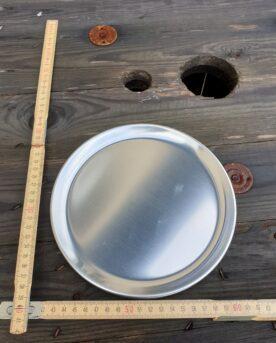 Liten Tallrik 20 cm i aluminium Runt Serveringsfat 20 cm diameter i obehandlad alu