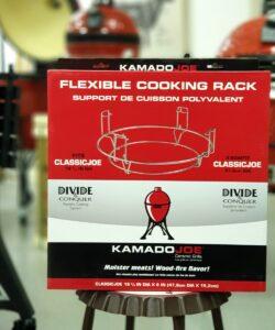 Flexible Cooking Rack Uppgradera din 47 cm Kamado till att kunna hantera delade deflektorstenar och delade galler - smidigt värre! Flexible Cooking Rack är grunden i det system som Kamado har döpt till det pampiga namnet